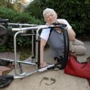 Seniorenhandy mit automatischer Sturzerkennung – so hilft es im Ernstfall